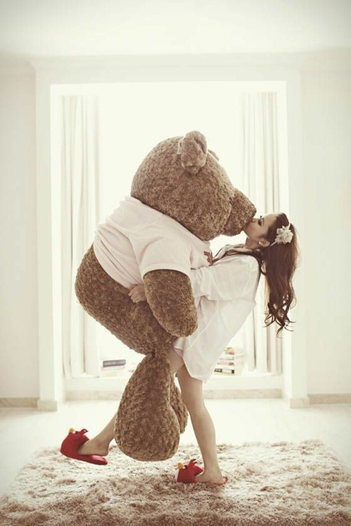 0-peluche-minion-pas-cher-peluches-géantes-cadeau-magnifique-pour-elle-idee-cadeau-femme