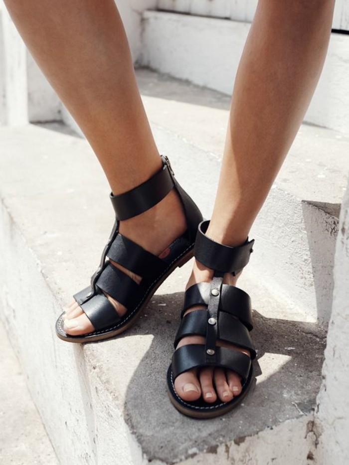 0-sandales-noires-femme-spartiates-femme-noires-pour-les-femmes-chic
