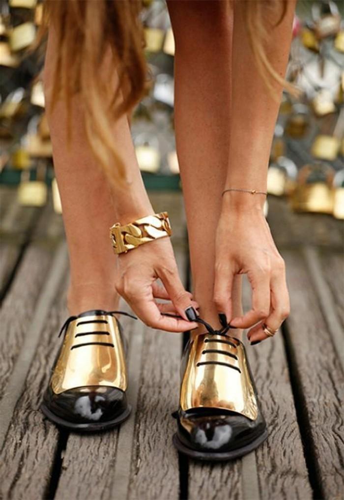 0-shoesfashionworld.com-chaussures-femme-noir-doré-modernes-femme-chic