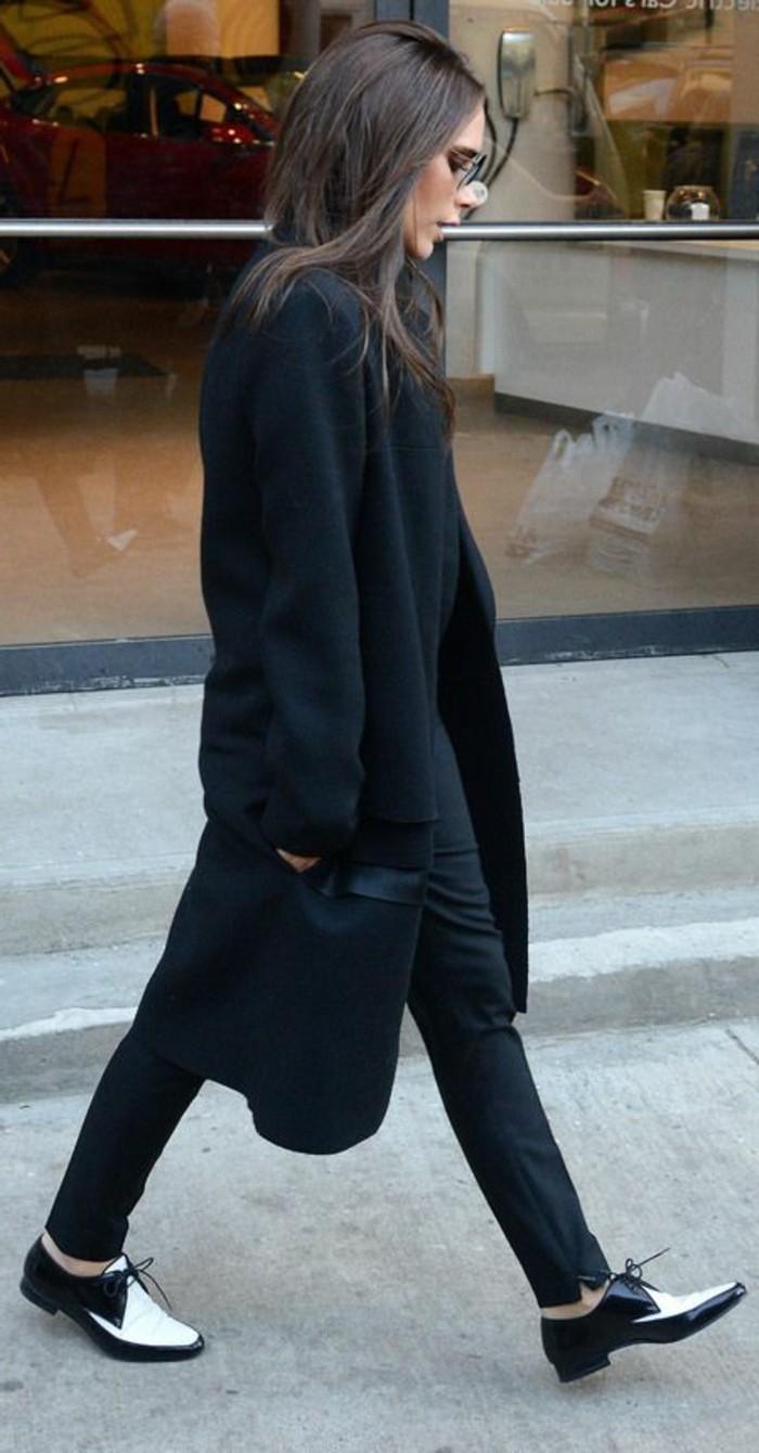 0-victoria-beckham-derby-chaussures-femme-pantalon-noir-look-moderne