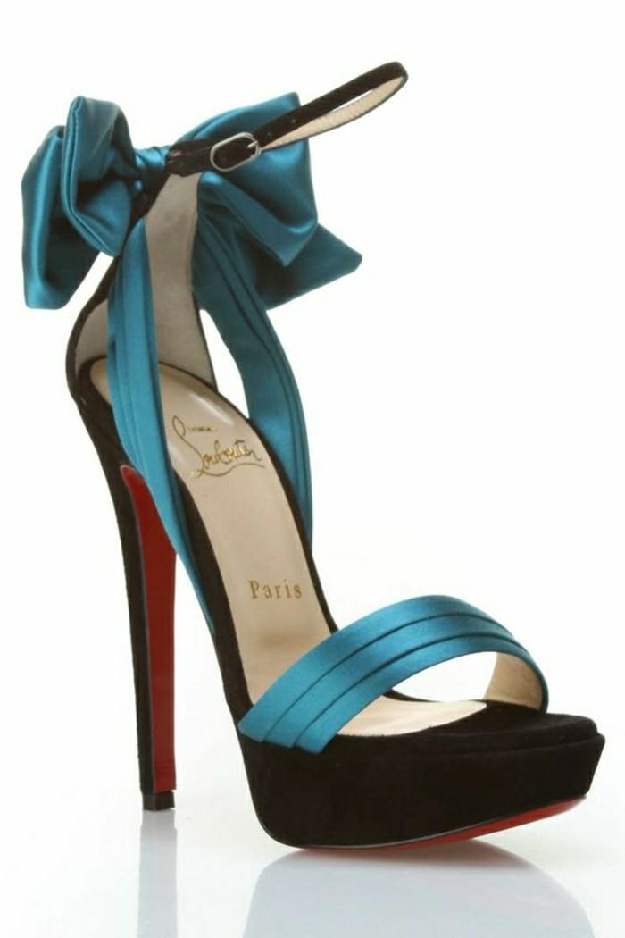 00-christian-louboutin-chaussures-à-talons-femme-tendances-pour-2016-sandales-bleus-foncés