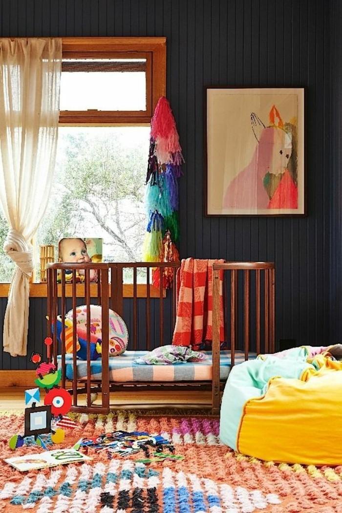 00-comment-assortir-les-couleurs-dans-une-chambre-enfant-tapis-coloré-lit-enfant