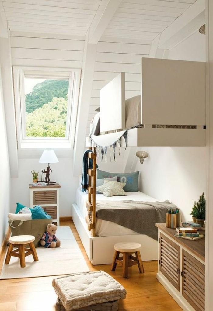 00-magnifique-chambre-enfant-clair-lumière-sol-en-parquet-meubles-beiges