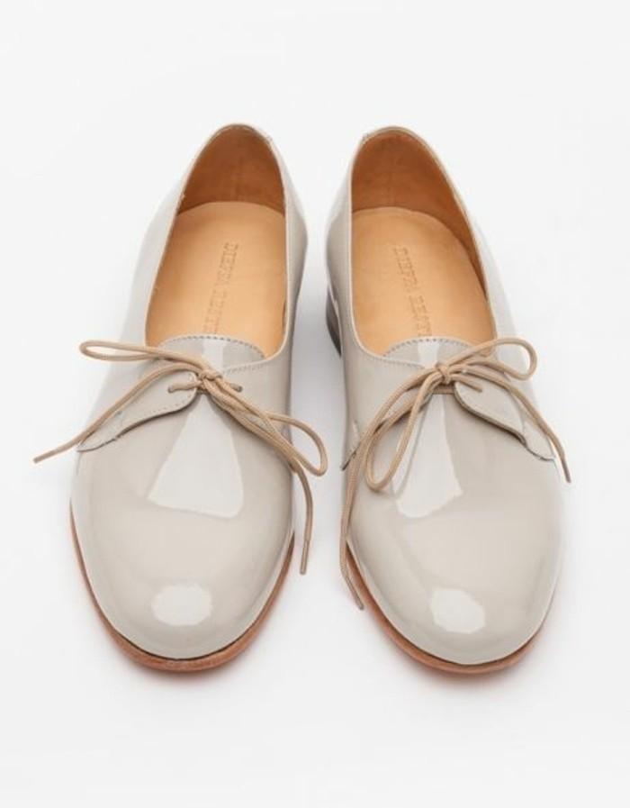00-notre-modèle-le-plus-favori-chaussures-beige-clair-femme-derbies-femme-a-lacet