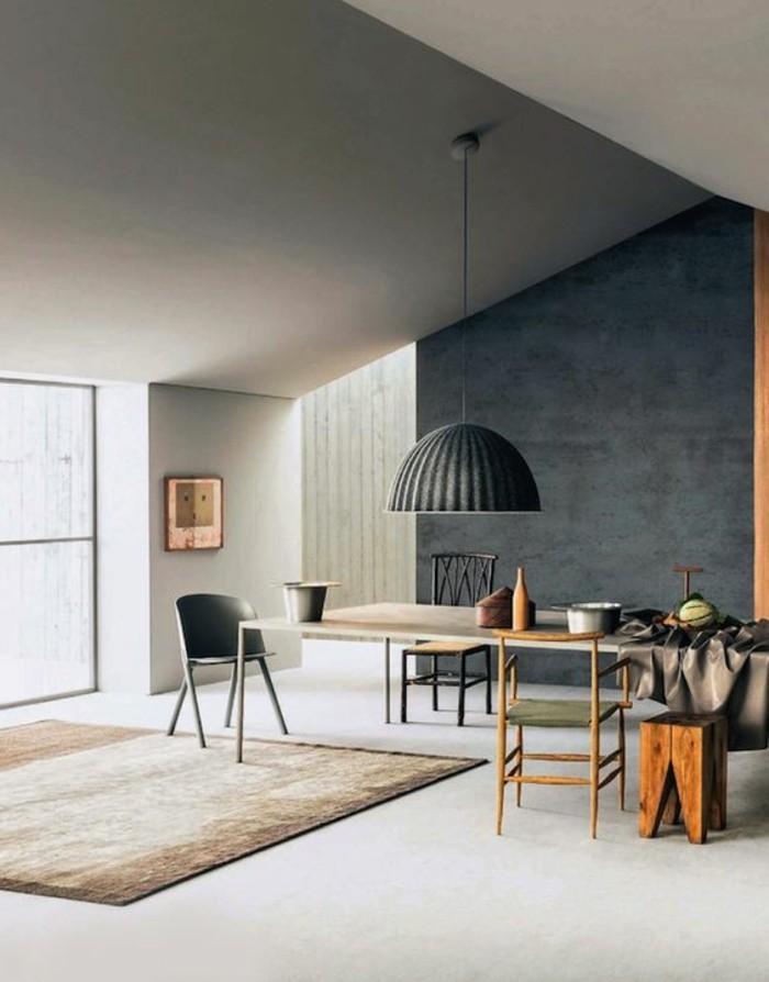 00-salon-avec-plafond-gris-murs-gris-clair-tapis-beige-dans-le-salon-chic-peindre-une-pièce-en-deux-couleurs