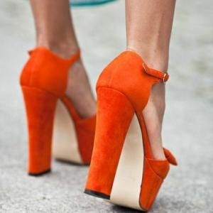 Les sandales à talons hauts pour l'été de 2016!