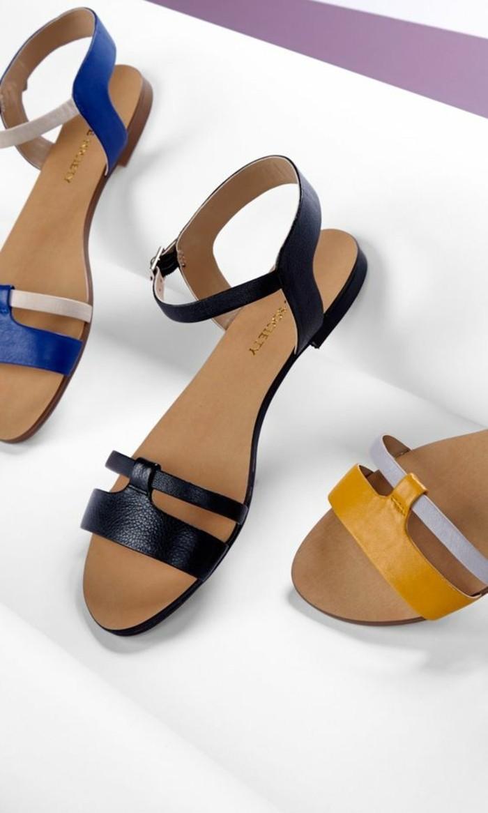 Les dernières tendances chez les sandales plates