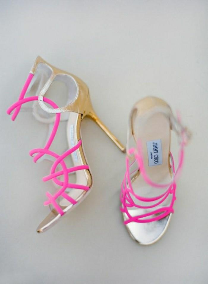 00-sandales-violettes-femme-moderne-caussures-la-resoute-femme-mode-tendaces