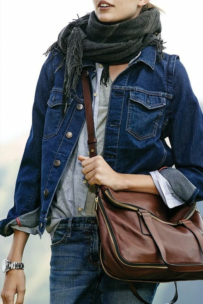 00-veste-blazer-femme-denim-bleu-sac-a-main-cuir-marron-femme-moderne