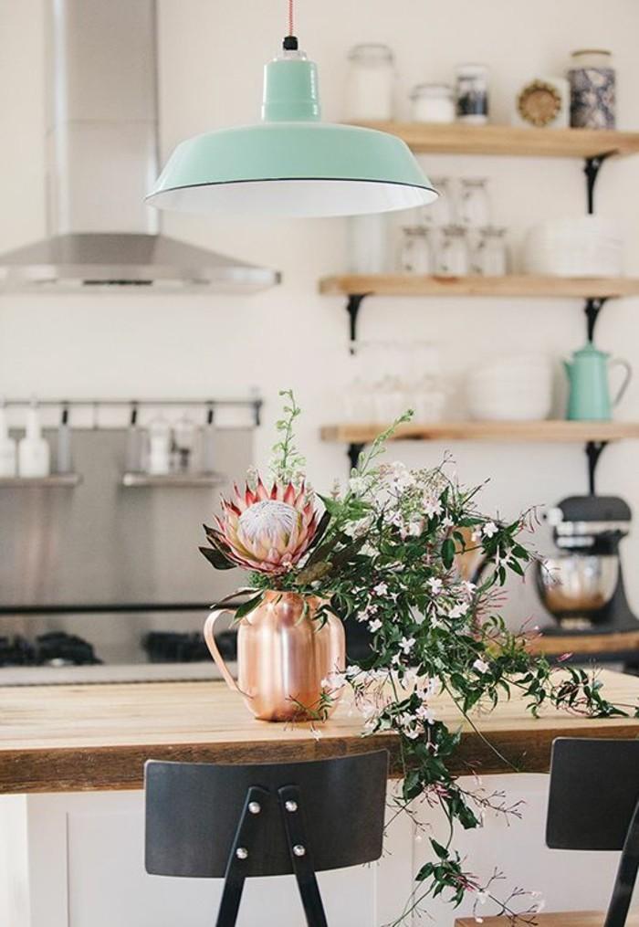 1-comment-choisir-luminaire-de-cuisine-modele-lampe-de-cuisine-table-en-bois-clair
