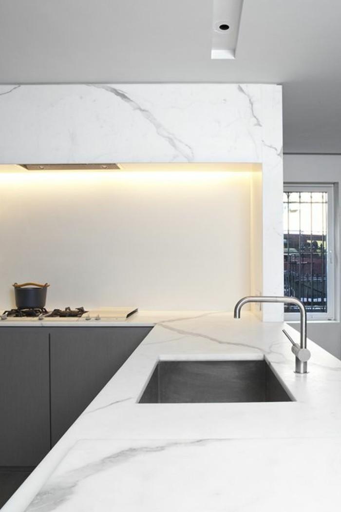 milles conseils comment choisir un luminaire de cuisine. Black Bedroom Furniture Sets. Home Design Ideas