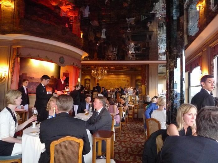 3-La-Tour-d-Argent-restourant-paris-l-interieur-dans-les-meilleurs-restaurants-a-paris-monde