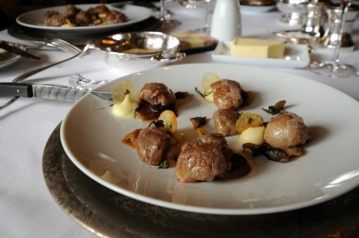 8-le-meurice-les-meilleurs-restaurants-de-paris-restaurant-paris-7eme-menu-a-le-meurice