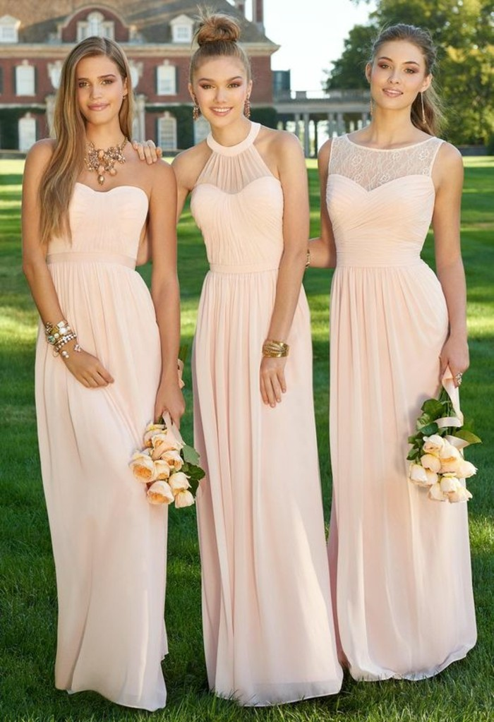 Robe rose pale pour mariage