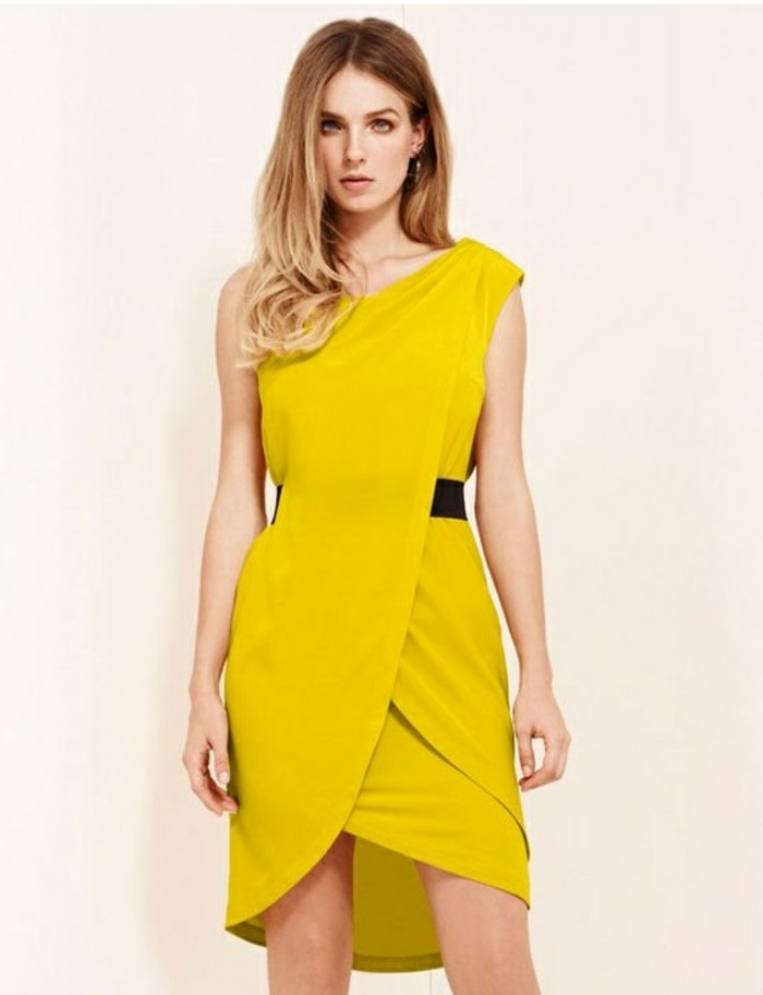 Robe jaune pour soiree