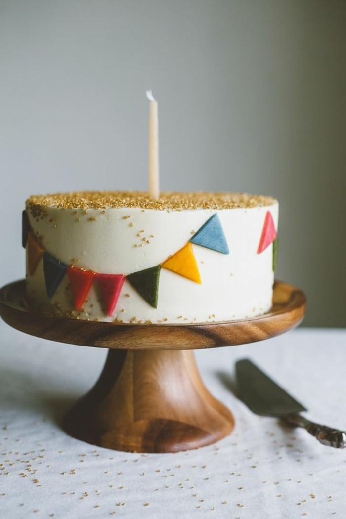adorable-image-gâteau-d-anniversaire-décoration-gateau-anniversaire-un-an