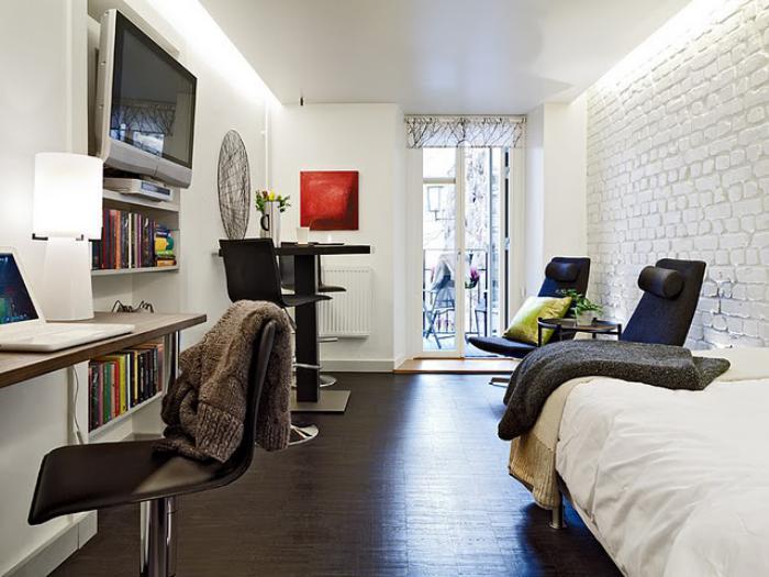 aménager-un-studio-une-petite-chambre-blanche-et-tout-le-confort-nécessaire