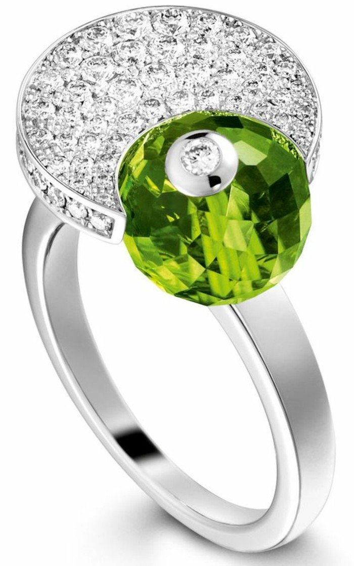 bague-cristal-blanc-et-lime-zircones-resized