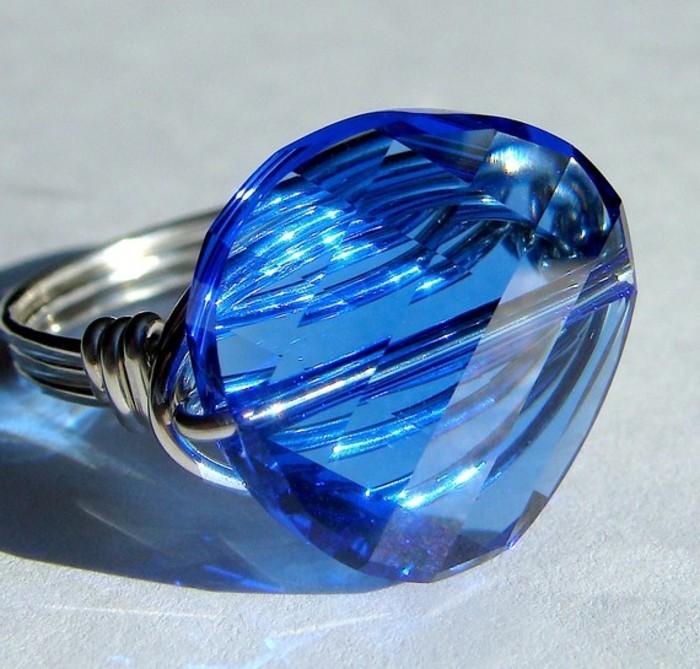 bague-cristal-bleu-resized