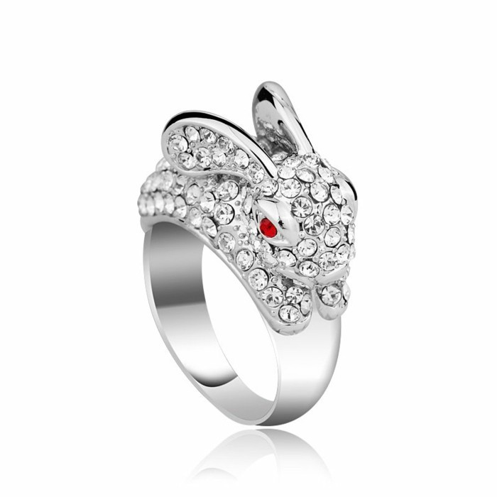 bague-cristal-lapin-yeux-rouges-resized