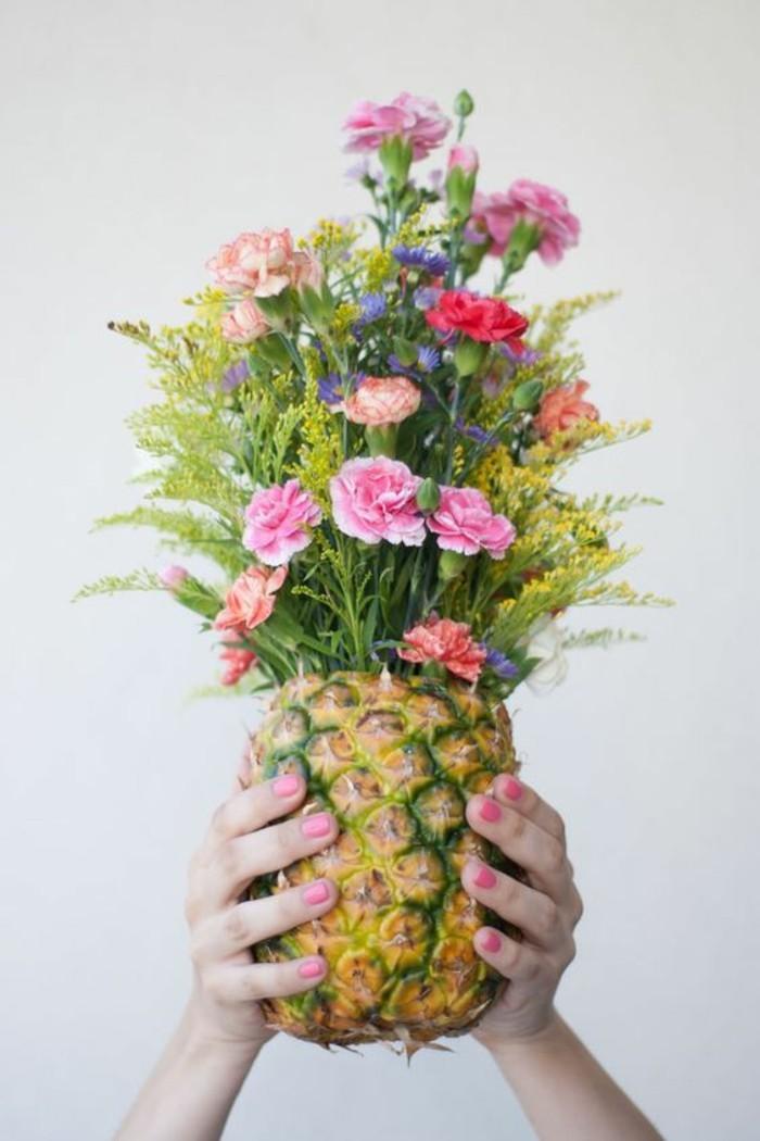beauté-le-printemps-est-arrivé-cool-image-nature-sentir-le-bonheur-un-annanas-fleurie