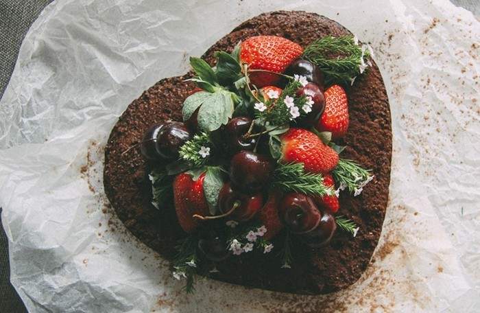 belle-image-de-gâteau-d'anniversaire-gateau-personnalisé-coeur