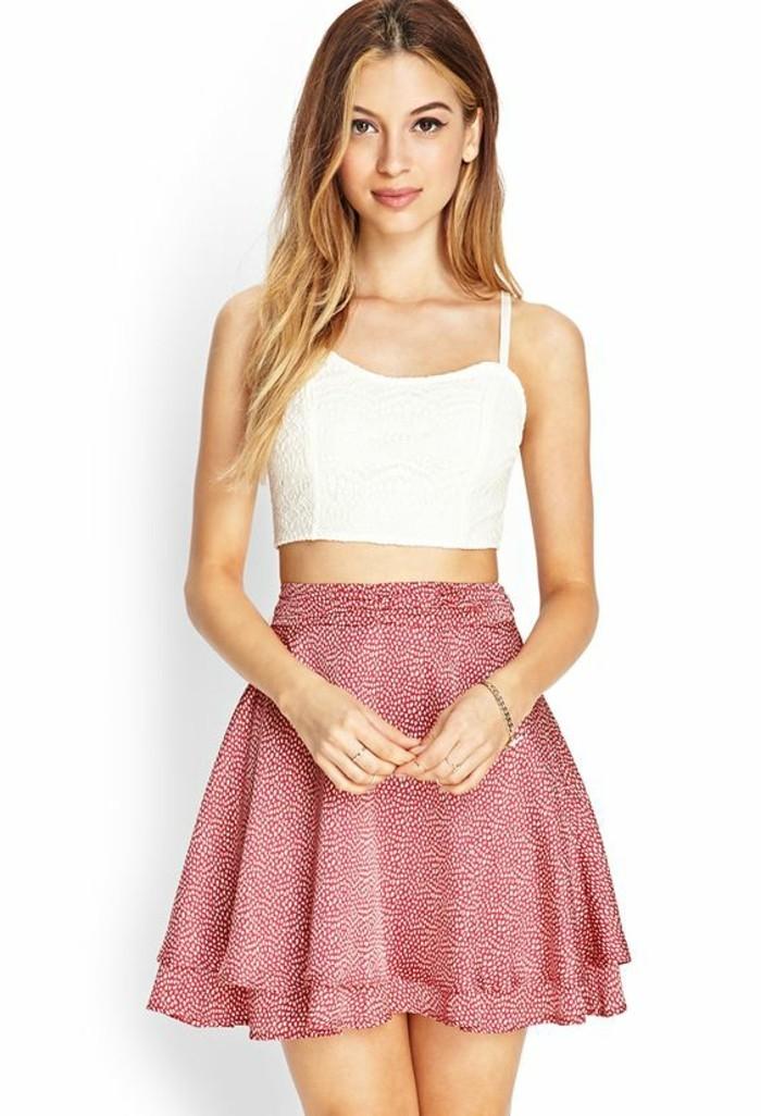 belle-jupe-jaune-short-femme-pas-cher-beauté-femme-stylée-rose-et-blanc-vision