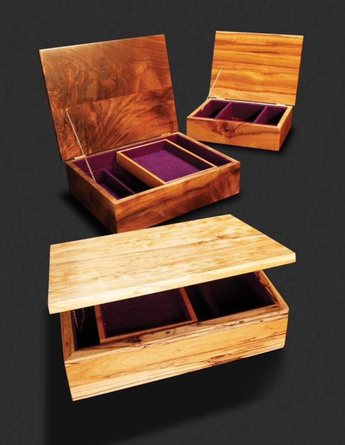 boite-à-bijoux-en-bois-modèle-simple-élégant