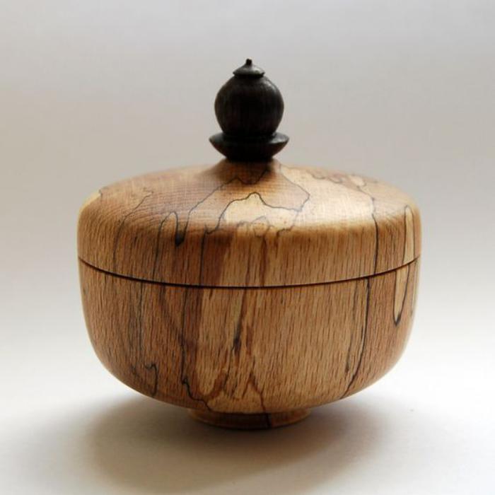 boite-à-bijoux-en-bois-originale-avec-couvercle