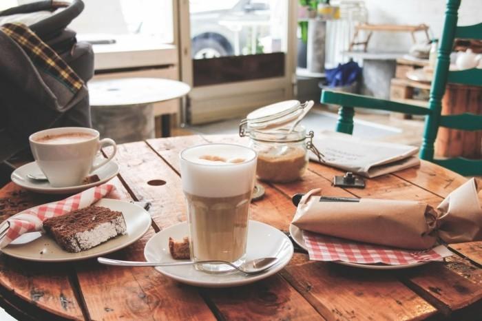 bonne-idée-café-starbuck-caffé-latte-machine-a-capuccino-verre-latte-macchiato-boire-thé-petit-déjeuner