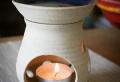Le brûle parfum – aromatisez l'ambiance avec une senteur douce