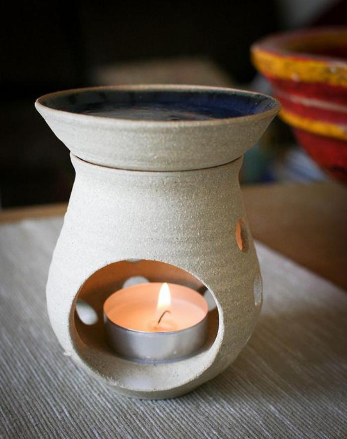 brûle-parfum-blanc-bruleur-d'huiles-aromatiques