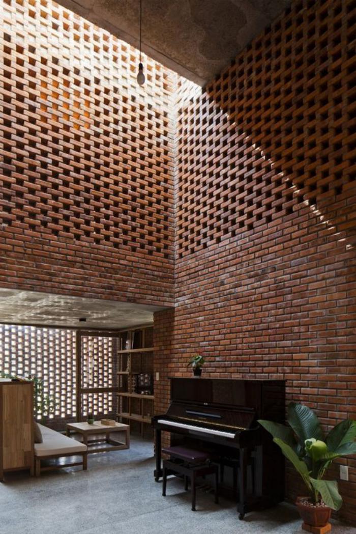 briques-de-parement-un-loft-original-piano-noir