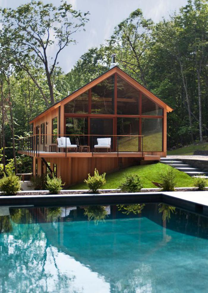 cabane-dans-les-bois-cabane-habitable-au-coeur-de-la-nature