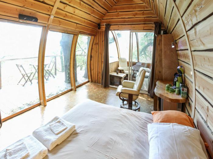 cabane-dans-les-bois-locations-insolites-au-coeur-de-la-nature