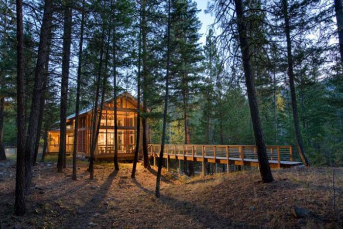 cabane-dans-les-bois-maison-dans-la-forêt