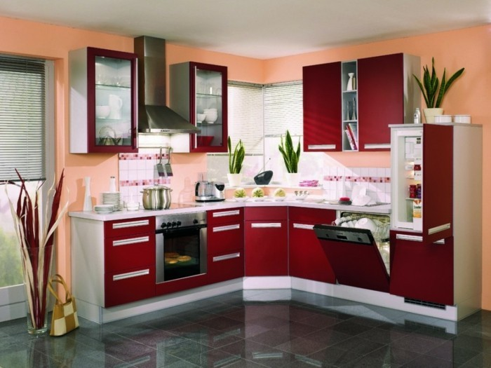 chambre-rouge-et-blanc-deco-chambre-adulte-chambre-violet