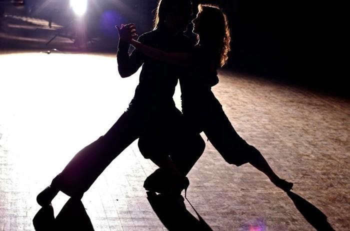 chanson-pour-danser-musique-de-soiree-tubes-des-années-80