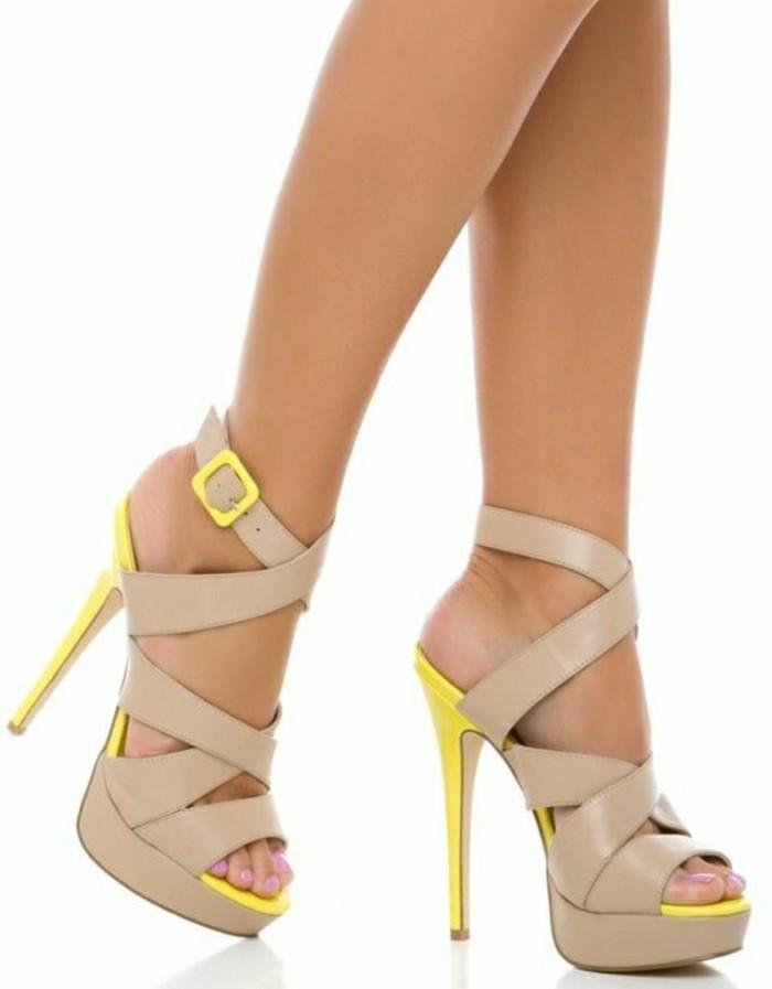 chaussures-à-talons-en-cuir-beige-chaussures-design-cuir-les-dernieres-tendances-chez-les-chaussures