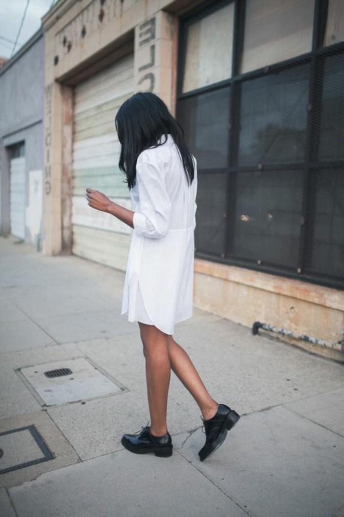 chemise-blanche-femme-elegante-derby-chaussures-femme-noires-cheveux-noires