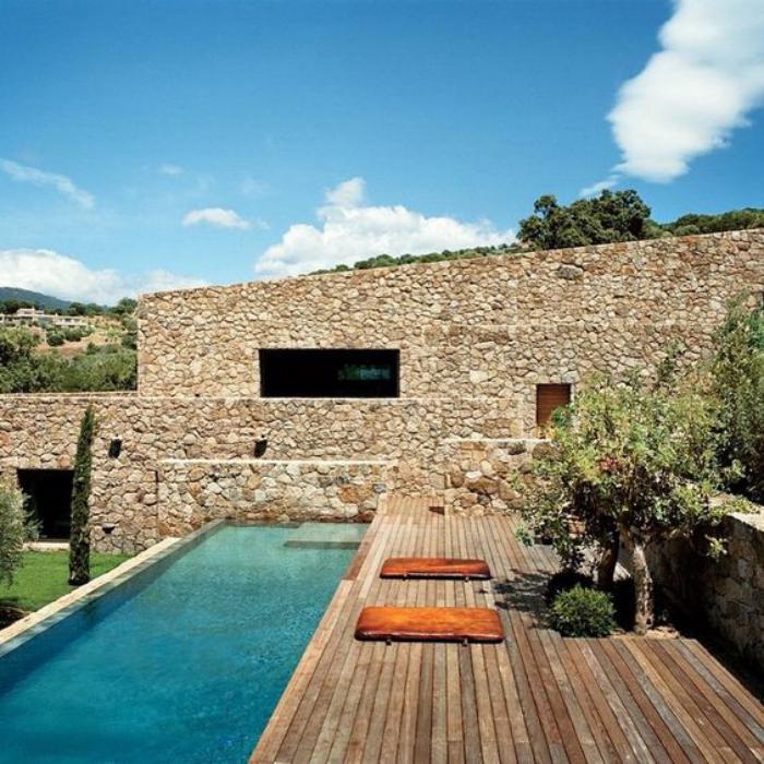 circuit-en-corse-forteresse-restaurée-en-Corse