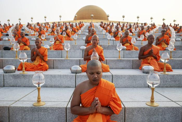 circuit-en-thailande-Dhammakaya-temple