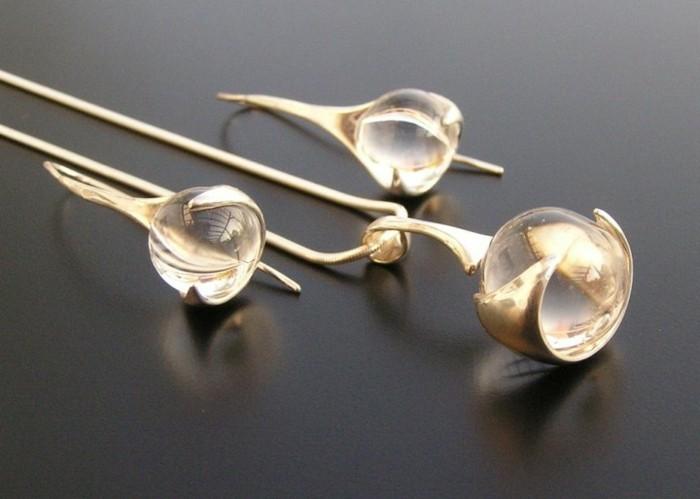 collier-cristal-pendentif-boucles-d-oreilles-resized