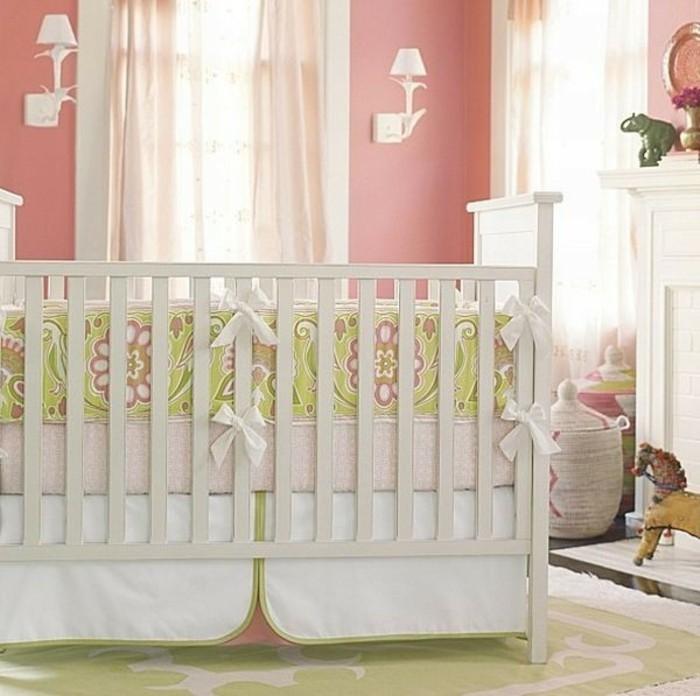 comment-choisir-la-meilleure-parure-de-lit-bebe-fille-chambre-avec-murs-roses