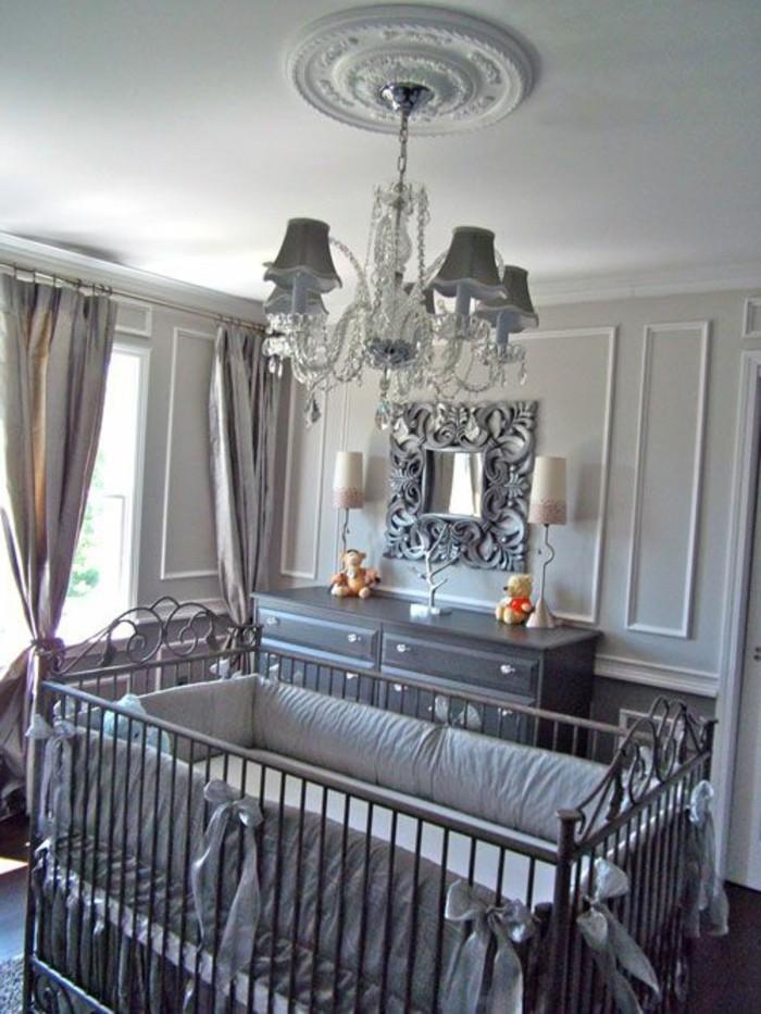 comment-choisir-le-meilleur-tour-de-lit-bebe-lustre-en-crystal-chambre-bebe
