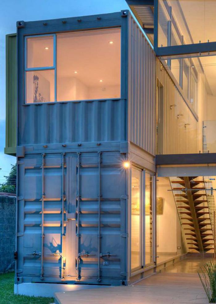 construire-sa-maison-container-faire-une-construction-moderne-avec-un-container-maritime