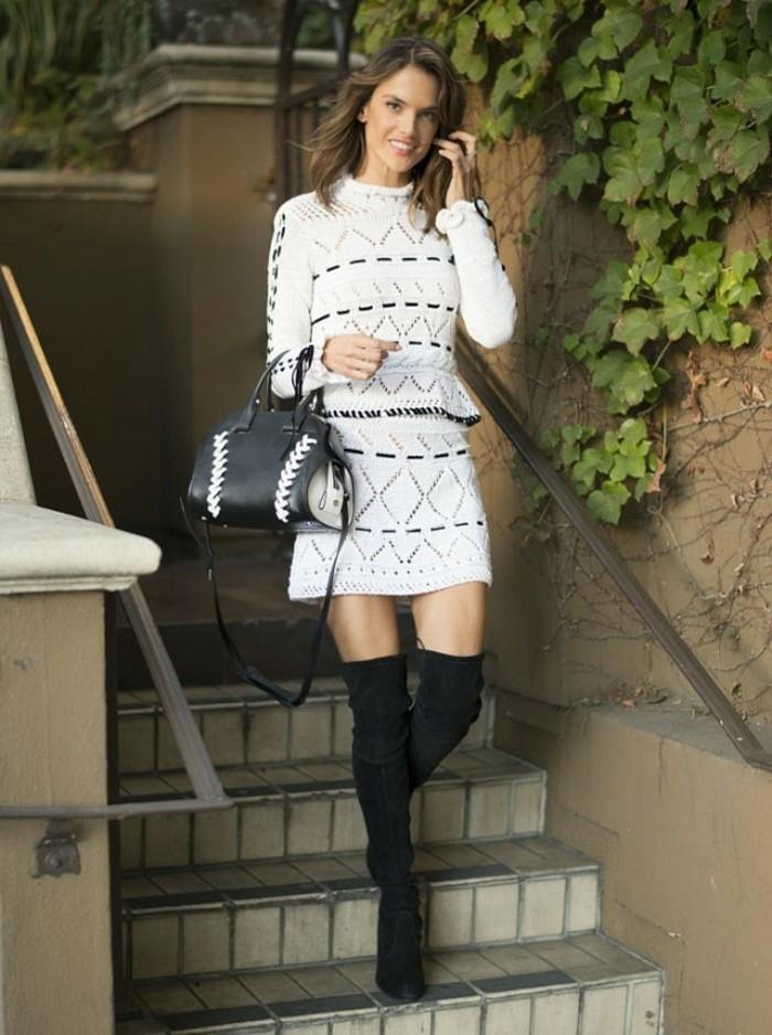 cool-jupe-ethnique-jupes-crayon-jupe-zara-mini-jupes-idée-tenue-bottes-longues