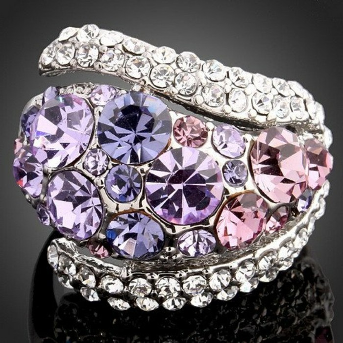 cristaux-Swarovski-mauve-et-violet-resized
