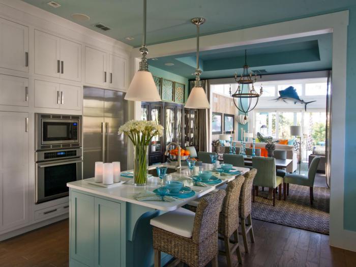 cuisine-avec-ilot-style-marin-cuisine-en-bleu-et-blanc