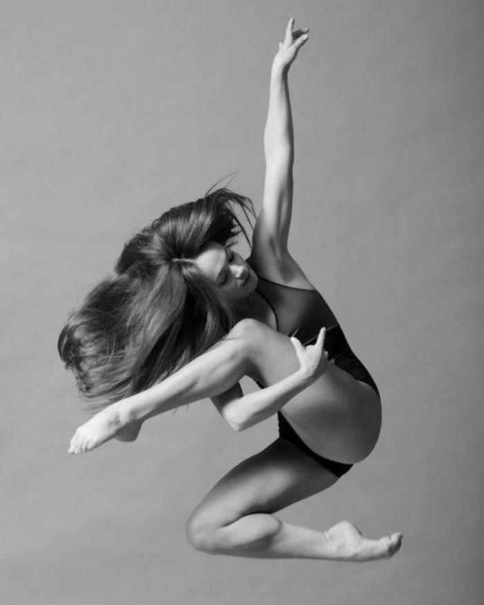 danse-contemporaine-moment-de-danse-saisi